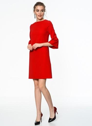Kolları Volanlı Kısa Elbise-İroni